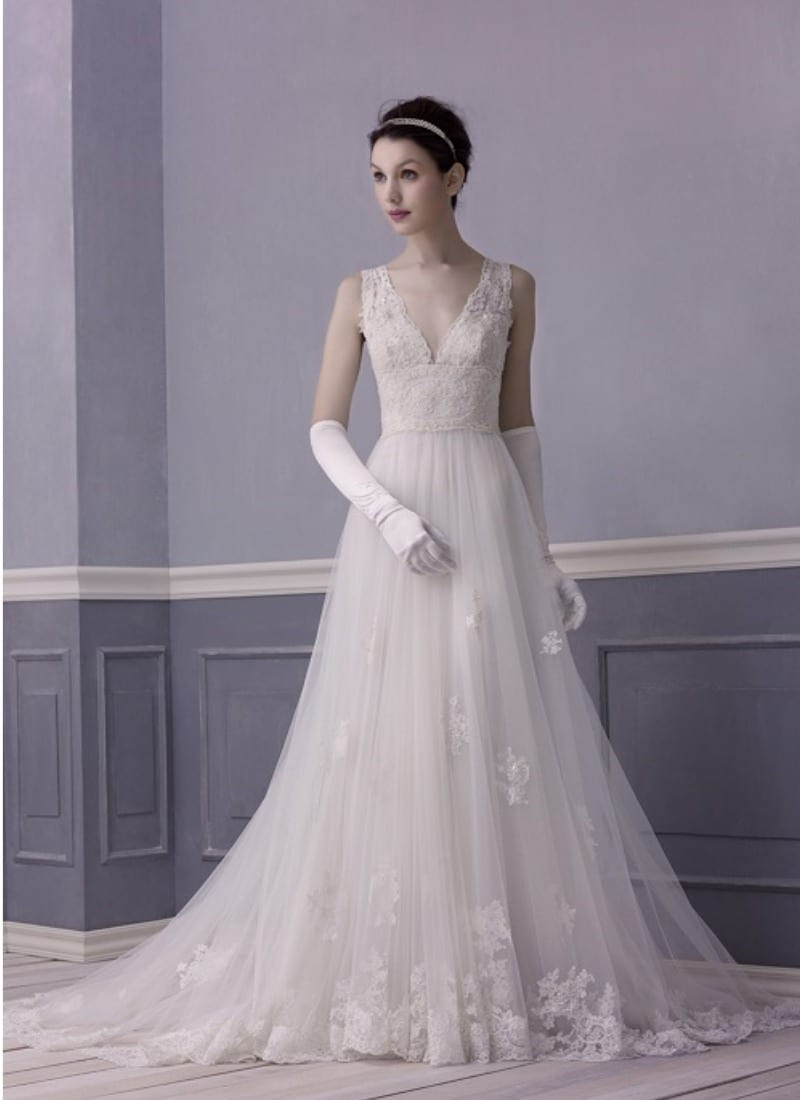 Wedding dress trend Autumn 2015 - Lusan Mandongus 2417B